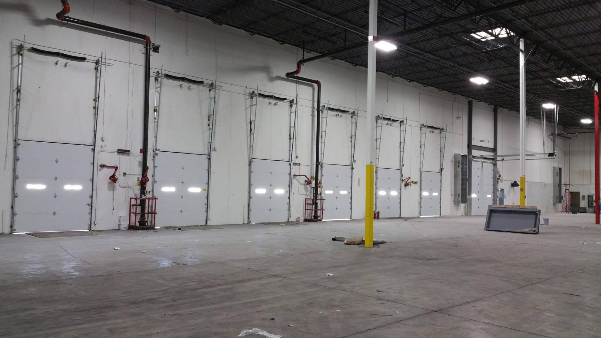 A s garage door and openers in elgin il for Garage door repair elgin il